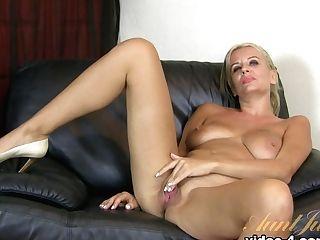 Exotic Pornographic Star In Crazy Mummy, Interview Romp Flick