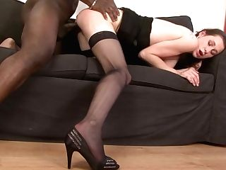 Mummy Gets Beaver Smashed By Her Black Bf She Cums