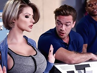 Joslyn James & Kyle Mason In Let Me Fuck Your Manager - Brazzersnetwork