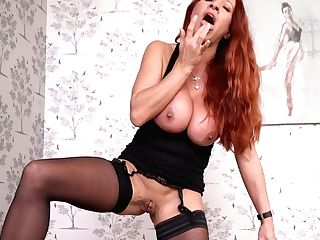 Jaw Pulling Down Crimson Haired Mummy Faye Rampton Shows Off Her Tasty Looking Cunt