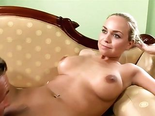Real Gfs Exposed Siterip - He Witnesses Her Draining Ball