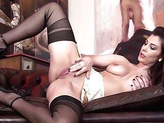 Roxy Mendez - 14