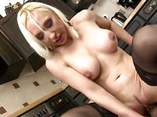 Tramp Mom Suck And Fuck Very Big Dick