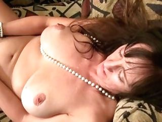 Usawives Horny Matures Is Playing Naked With Fucktoys
