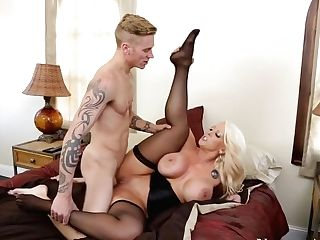 Alura Jenson & Cody Sky In Seduced By A Cougar