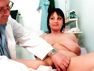 Gynecology Specialist Examines Saggy Tittied Dark Haired